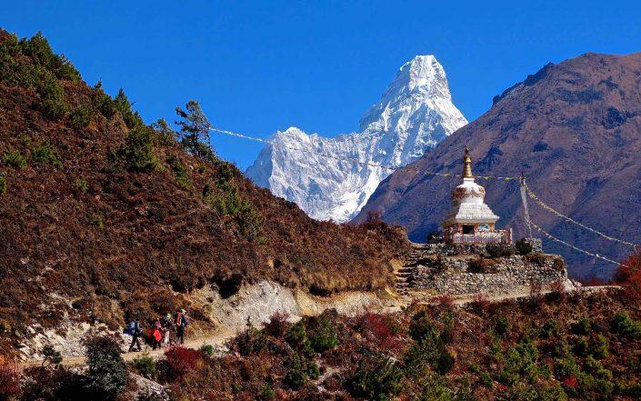 Tailor-made holidays to Asia. Trekking in Nepal Himalaya.